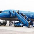 Hàng không hủy, đổi nhiều chuyến bay vì bão Thần Sấm