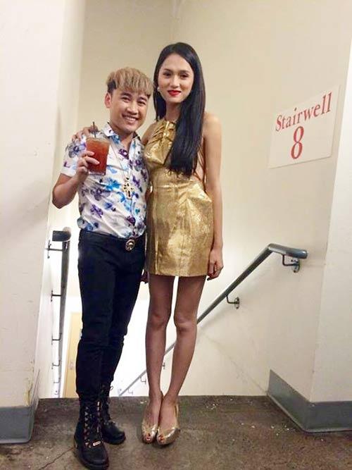 huong giang idol lo doi chan 'sieu' gay - 1