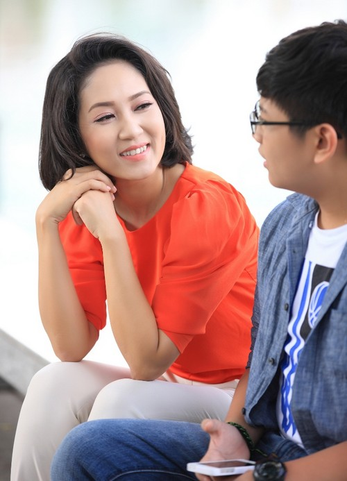 ca si thanh thuy khong muon con theo nghe thuat - 7