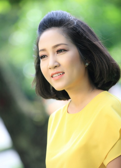 ca si thanh thuy khong muon con theo nghe thuat - 10