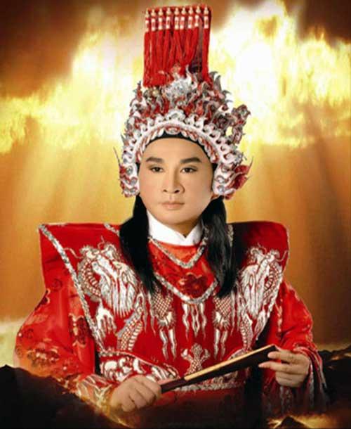kim tu long chinh thuc duoc mien hinh phat - 1