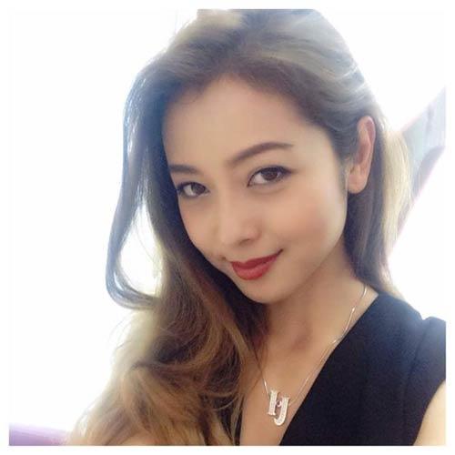 jennifer pham hanh phuc ben chong sau gio dien - 1