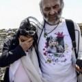 Tin tức - MH17: Bi kịch của cặp vợ chồng già đến hiện trường tìm con