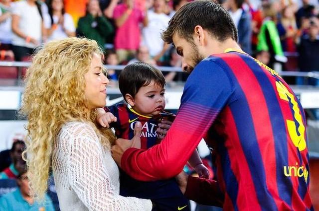 Rộ tin nữ ca sĩ Shakira có bầu lần 2 - 1