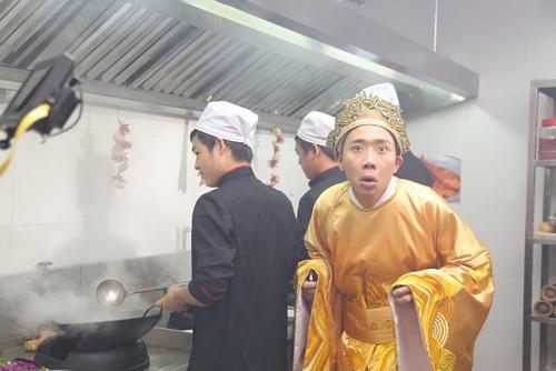 """Lộ ảnh Trấn Thành làm """"vua ham ăn""""-5"""