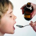 Sức khỏe - Đong thuốc bằng muỗng là không chuẩn