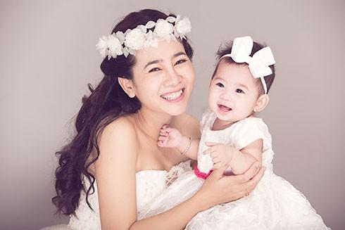 Sao Việt sinh con cho bạn trai không cần cưới-11