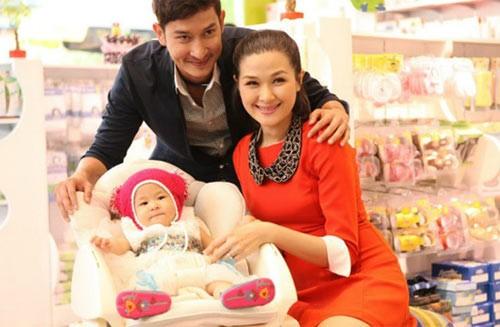 Sao Việt sinh con cho bạn trai không cần cưới-8