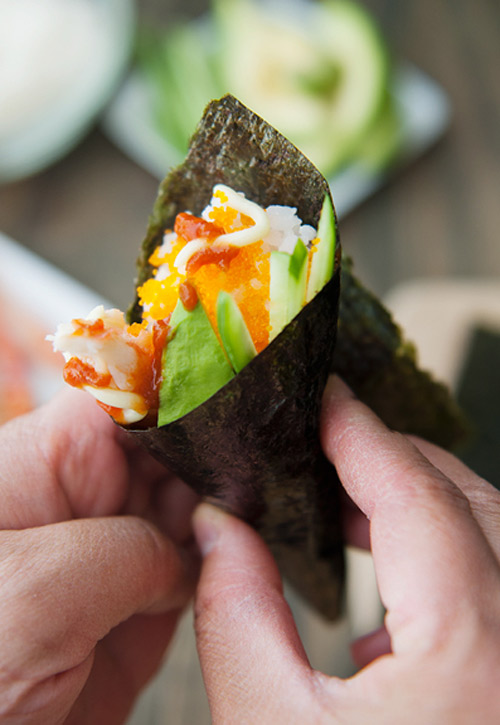 tu lam sushi hinh oc que thom ngon - 11