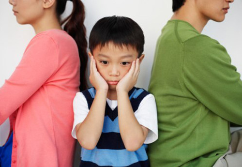 tq: chong doi ly hon vi con khong giong bo - 1
