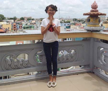 mai phuong thuy khoe vong mot cang tron o bien miami - 12