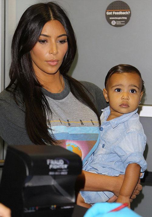 "ngam ve ""tomboy"" cua con gai kim kardashian - 1"