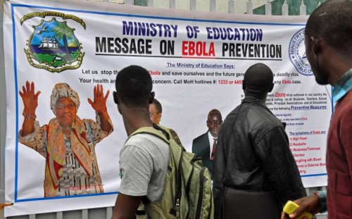 ngan ebola lay lan, tay phi doi mat voi nan doi - 1