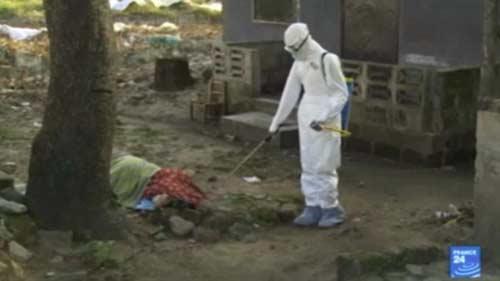 nhung hinh anh dau thuong tu vung tam dich ebola - 10