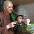 Tin tức - Ni sư Thích Đàm Lan kiến nghị việc nuôi trẻ ở chùa Bồ Đề