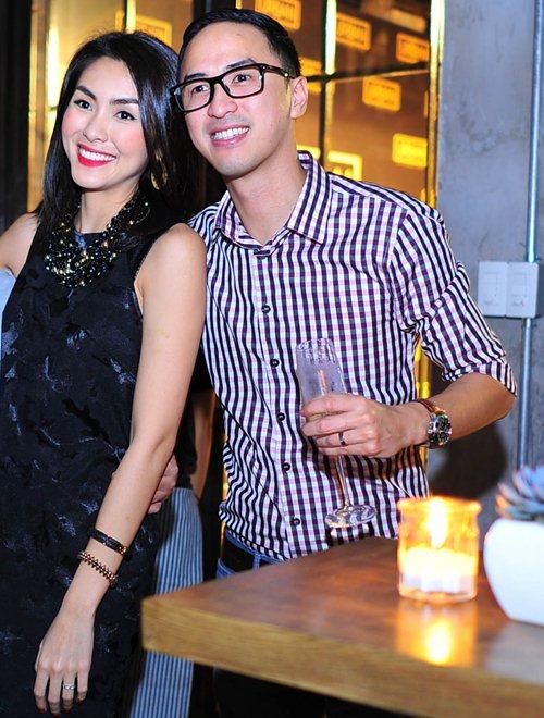 vo chong ha tang rang ngoi hanh phuc ben nhau - 2
