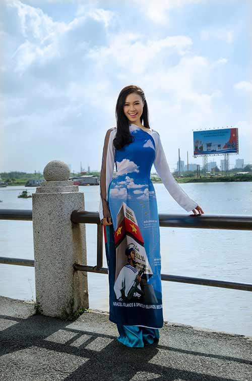 lan ngoc, le phuong dien ao dai huong ve bien dao - 1