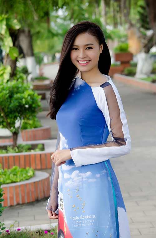 lan ngoc, le phuong dien ao dai huong ve bien dao - 3