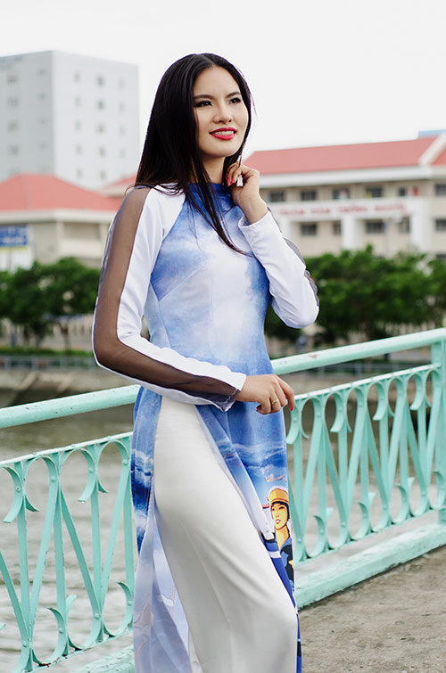 lan ngoc, le phuong dien ao dai huong ve bien dao - 7