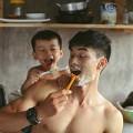 Làm mẹ - Say lòng với bộ ảnh 'Gà trống' của bố đơn thân và con trai