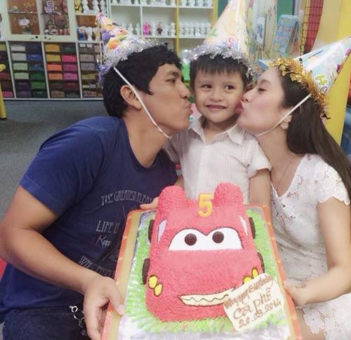 Con trai Thanh Thúy hạnh phúc đón tuổi thứ 5-4