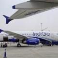Tin tức - Ấn Độ: Máy bay chở 150 người bốc cháy khi hạ cánh