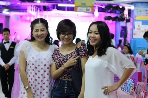 Ốc Thanh Vân làm mẹ nuôi con gái Mai Phương-10