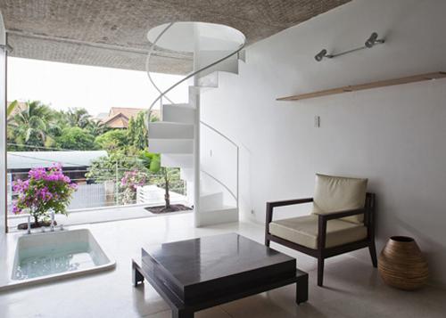 Ngưỡng mộ nhà ống Sài Gòn 'hút' sáng ngập nhà-6
