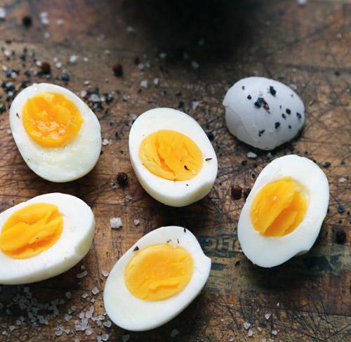 Mẹo luộc trứng cực chuẩn!-6