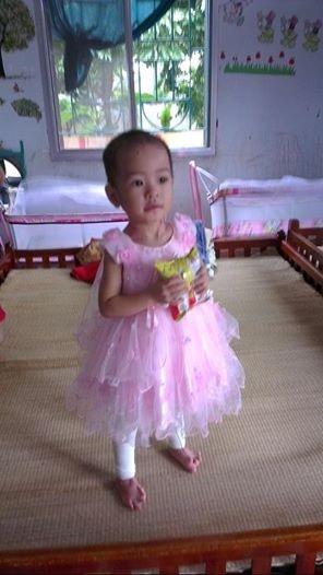 Hành trình sống sót kỳ diệu của bé 'có giòi' ở chùa Bồ Đề-10