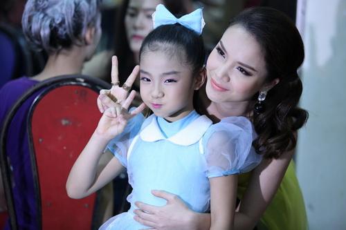 Ốc Thanh Vân thừa nhận đang mang thai con thứ 3-17