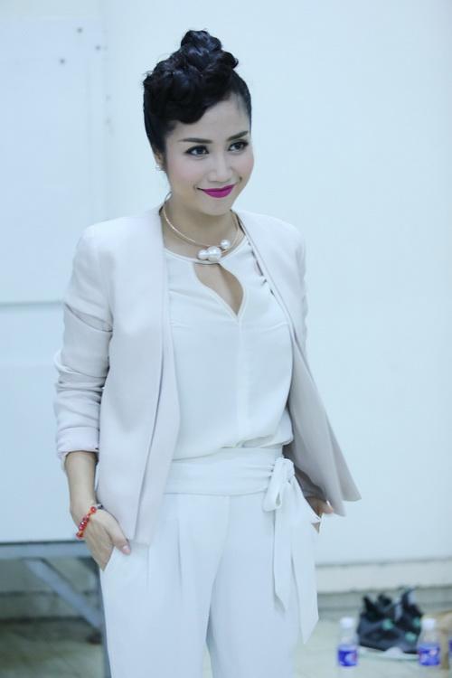Ốc Thanh Vân thừa nhận đang mang thai con thứ 3-2