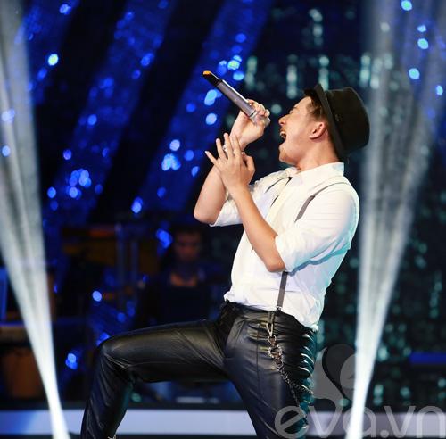 Bị loại khỏi X-Factor, Minh Tiến đăng quang SMĐH-3