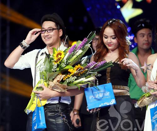 Bị loại khỏi X-Factor, Minh Tiến đăng quang SMĐH-14