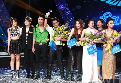 Bị loại khỏi X-Factor, Minh Tiến đăng quang SMĐH-15