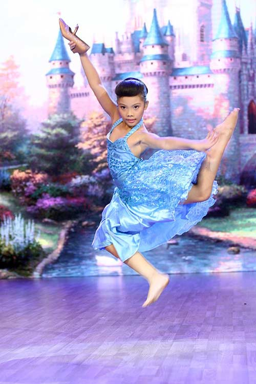 Liveshow 1: Bước nhảy hoàn vũ nhí rực rỡ màu cổ tích-11
