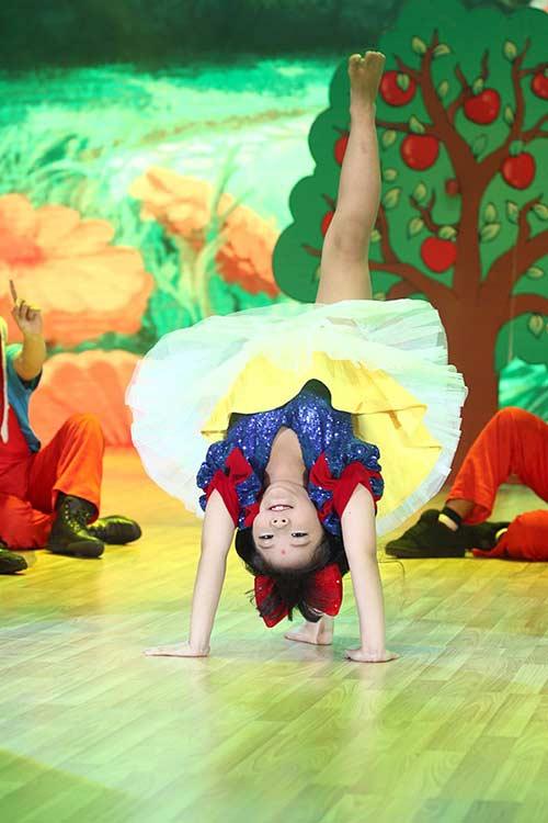 Liveshow 1: Bước nhảy hoàn vũ nhí rực rỡ màu cổ tích-5