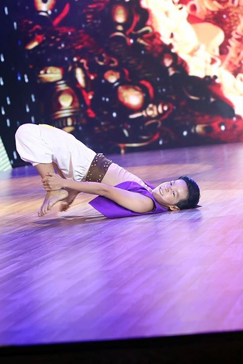 Liveshow 1: Bước nhảy hoàn vũ nhí rực rỡ màu cổ tích-13
