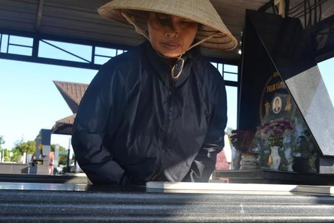 nguoi phu nu 20 nam 'xay nha' cho thai nhi bi bo roi - 2