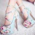 Thời trang - Tôi đã mất em vì đôi giầy hoa!