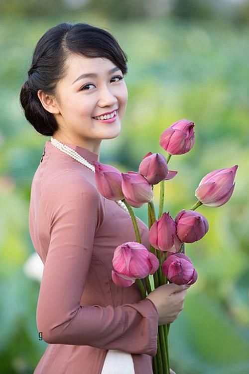 """mc thoi su vtv duoc phong """"top 10 hoa hau viet nam"""" - 7"""