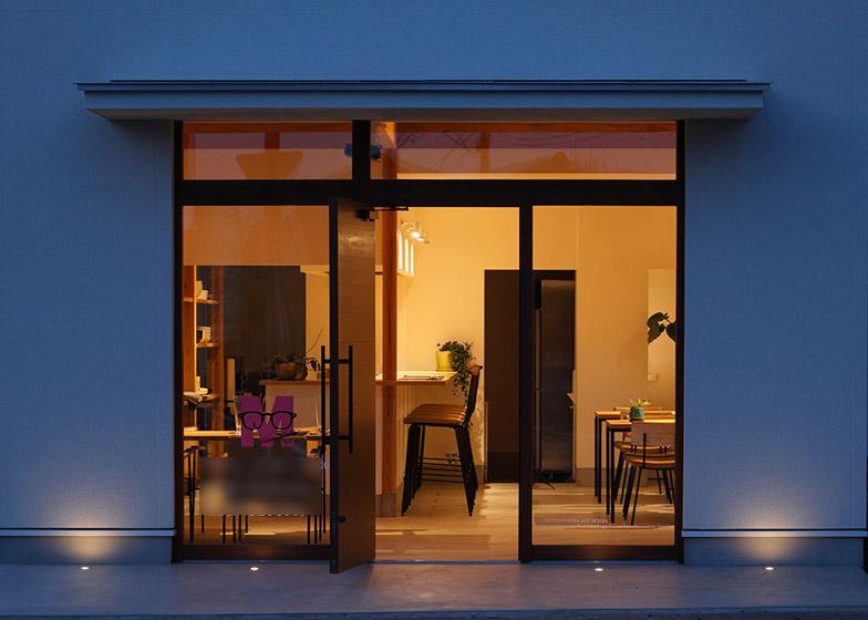 Học hỏi thiết kế căn hộ kết hợp quán cafe-5