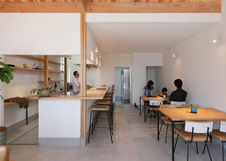 Học hỏi thiết kế căn hộ kết hợp quán cafe-4