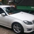 Làng sao - Siêu mẫu Thanh Hằng mở cửa xe hơi gây tai nạn?