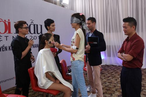 VNTM 2014: Vòng phỏng vấn thí sinh lộ nhiều tài lẻ-7