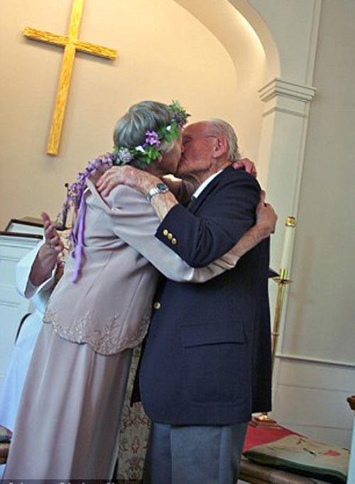 Ông lão cưới 'người thương' sau 62 năm thất lạc-5