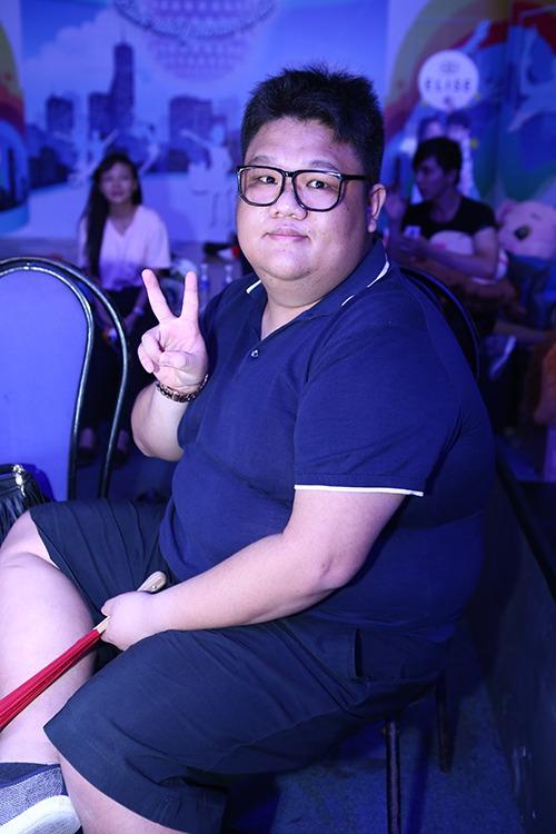 Đoan Trang, Khánh Thi lộ mặt mộc không son phấn-13