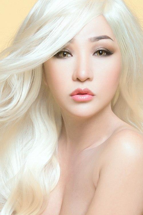 """Thúy Nga hóa """"búp bê Barbie"""" tóc bạch kim-8"""