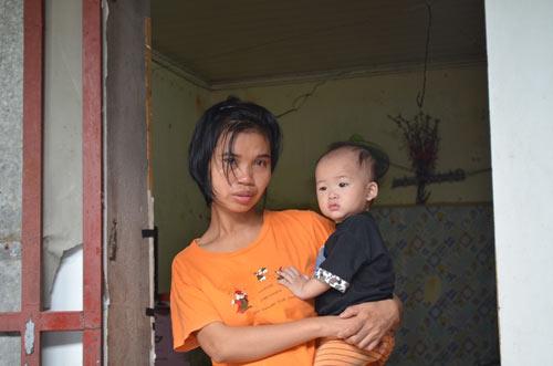 Tiếp tục đưa 12 trẻ, người già chùa Bồ Đề về nơi ở mới-6