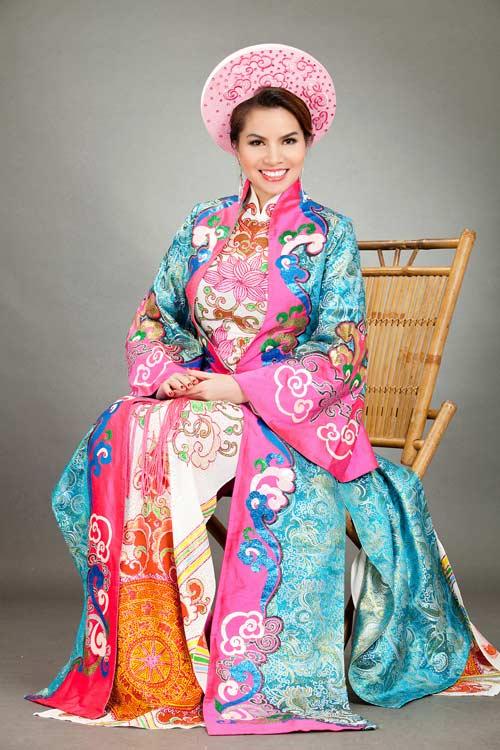 hoa hau kim hong sang trong voi ao dai long phung - 5